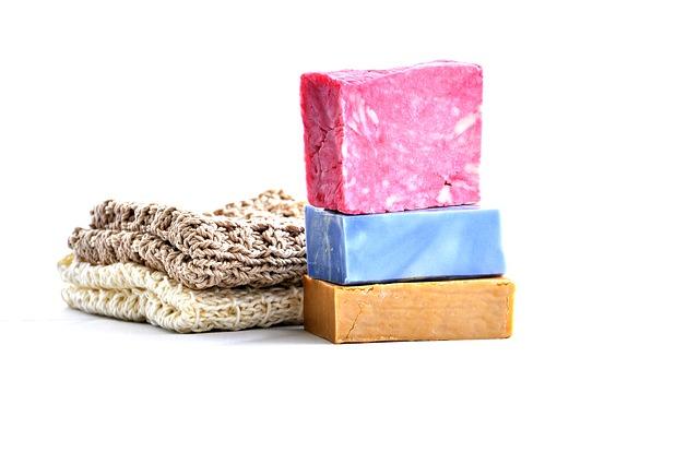 tři mýdla