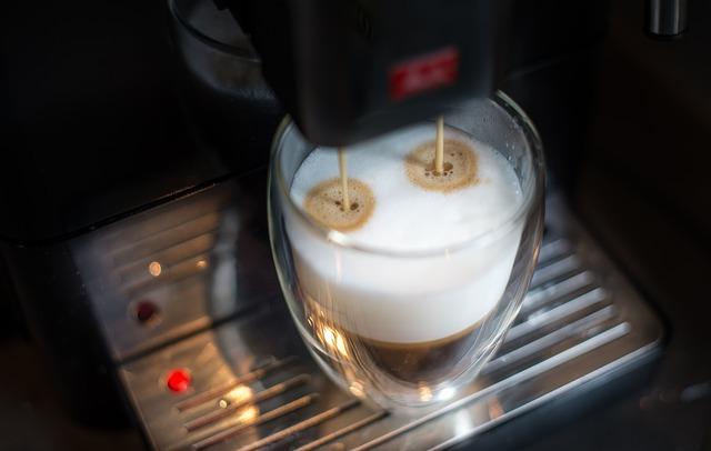Příprava latte